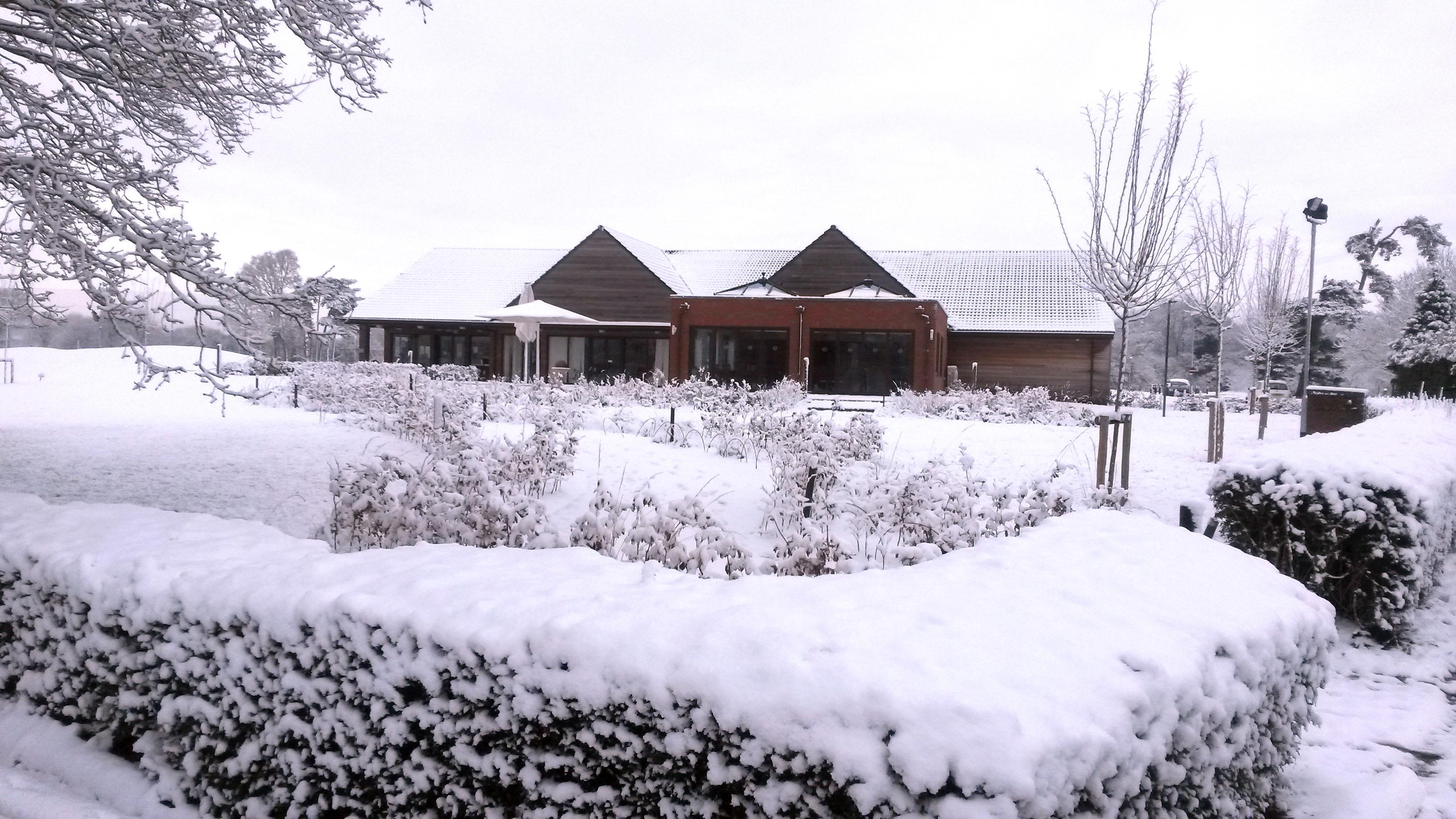 SnowAtLittleHay